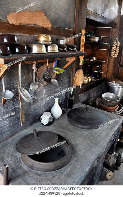 Seoul (South Korea): reconstruction of a Seventies-style traditional Korean kitchen by the National Folk Museum