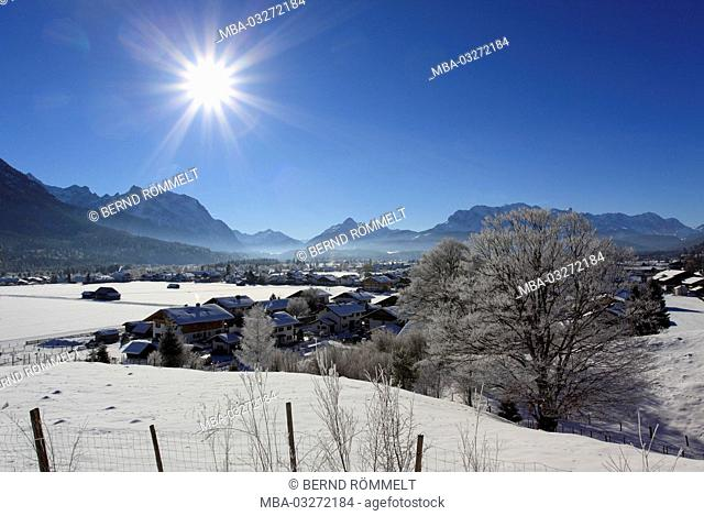 Germany, Bavaria, Upper Bavaria, Werdenfelser Land (region), Wallgau, Karwendel mountain range, Wetterstein Range