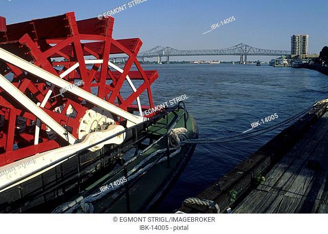 Paddlewheeler Natchez on the Mississippi river