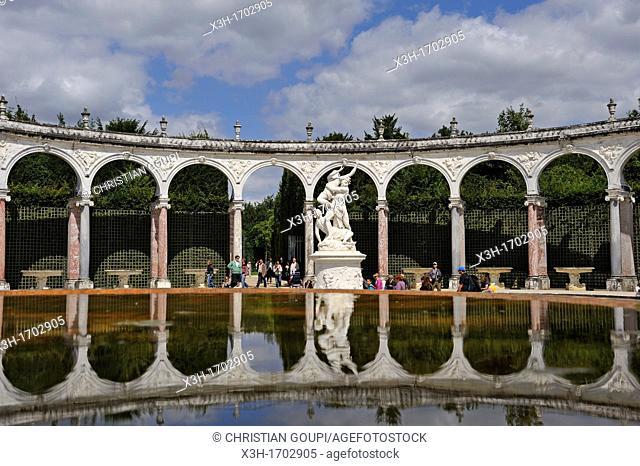 Bosquet des Sources-La Colonnade, Gardens of Versailles, Yvelines departement, France, Europe