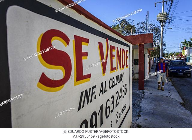On sell signal in a wall in the historic center, Merida, Riviera Maya, Yucatan Province, Mexico, Central America