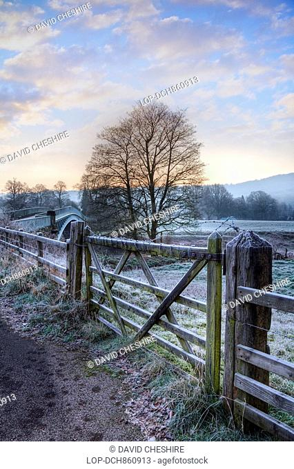Wales, Monmouthshire, Bigswier, Bigswier, known for its elegant cast iron road bridge over the border connecting Gloucestershire and Monmouthshire