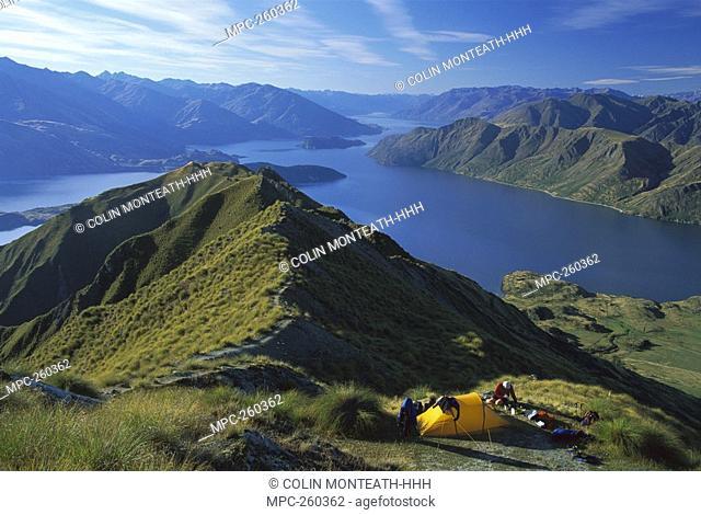 Mt  Roy, campsite above Lake Wanaka, autumn, Central Otago, New Zealand