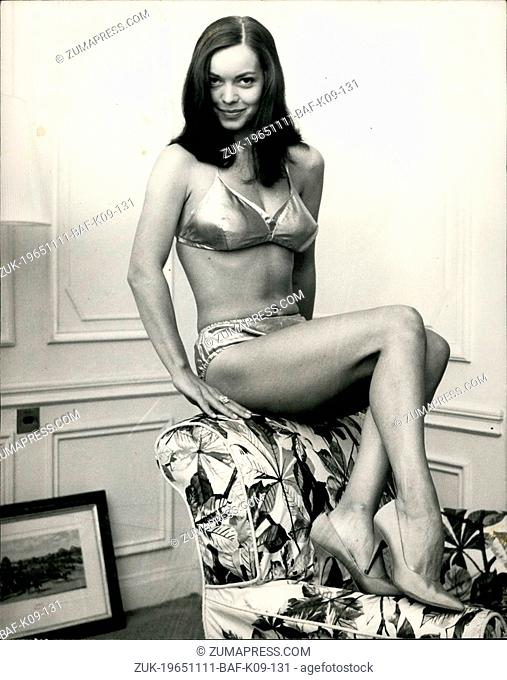 Nov. 11, 1965 - World's Most Beautiful 'Robot' girl flies into London: Lovely Hollywood actress, Susan Hart who plays the world's most beautiful 'robot' girl in...