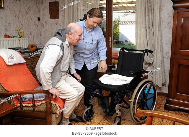 Independent nurse, in Vénissieux, France. Patient care presenting an alteration of mobility motor handicap following a cerebral vascular accident