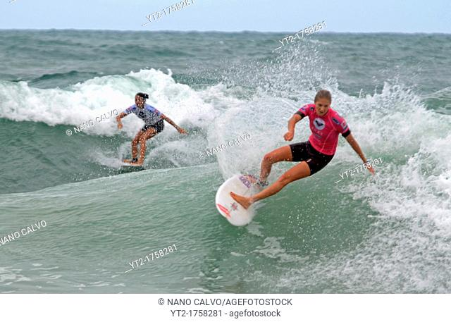 Roxy Pro Biarritz 2012, event of the female surfing world tour