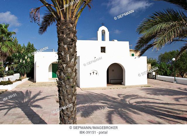Church in El Pilar de la Mola - Formentera