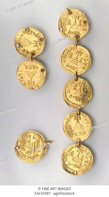 Fragment of a Necklace Consisting of Eight Byzantine Coins by Khazar culture /Gold/Applied Arts/637-646/Turkic Khaganate/State Hermitage, St
