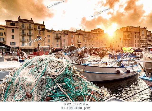 Le Vieux Port, St Tropez, Provence-Alpes-Cote d'Azur, France