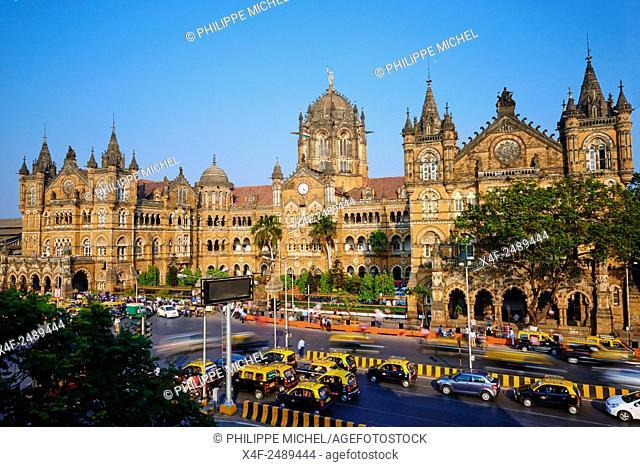 India, Maharashtra, Mumbai Bombay, Victoria Terminus railways station or Chhatrapati Shivaji