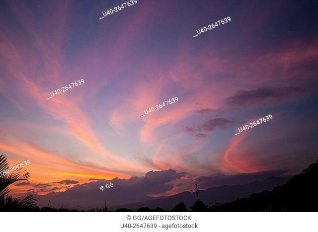 Guatemala, Antigua, evening sky at sunset