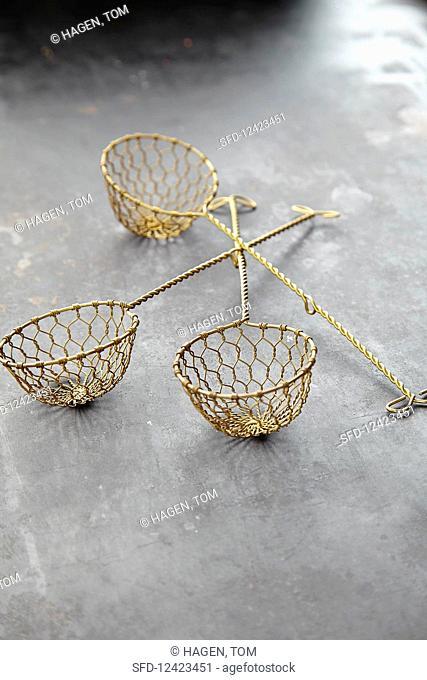 Fondue baskets