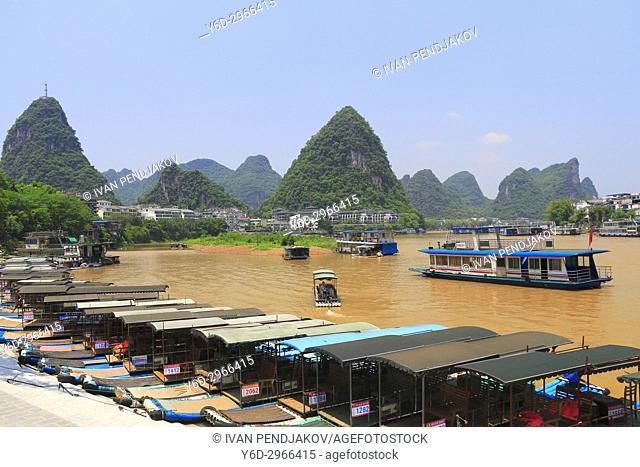 Yangshuo Town, Li River, Guangxi, China