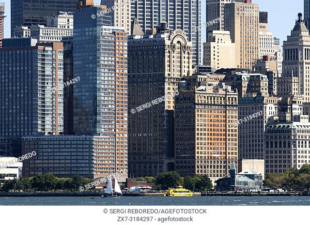 Skyline of Lower Manhattan, financial districk, New York city, USA