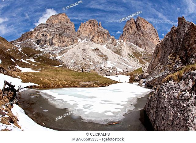 The Langkofel seen from the four-and-a-half-hour, moderately difficult hike around its main summit in the Gardena/Gröden Dolomites, South Tyrol