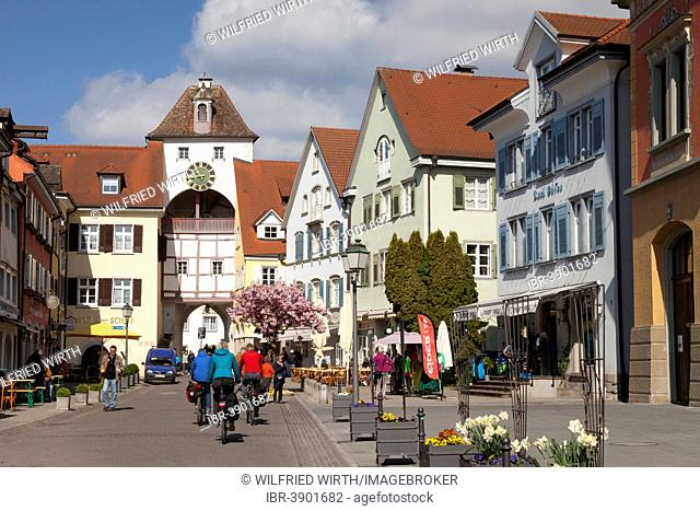 Unterstadtstraße street with Unterstadttor town gate, Meersburg, Baden-Württemberg, Germany