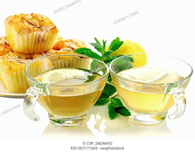 green tea and cupcakes