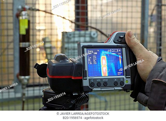 Temperature measurement with thermographic camera. Low Voltage Electric Laboratory. Certification of electrical equipment