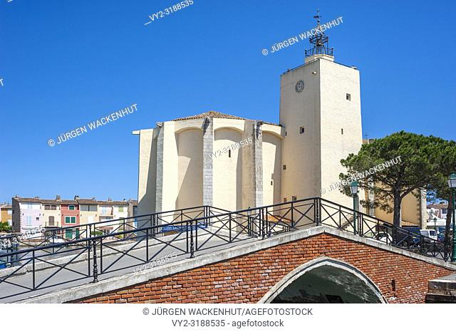 Church Saint-Francois-d'Assise, Port Grimaud, Var, Provence-Alpes-Cote d`Azur, France, Europe