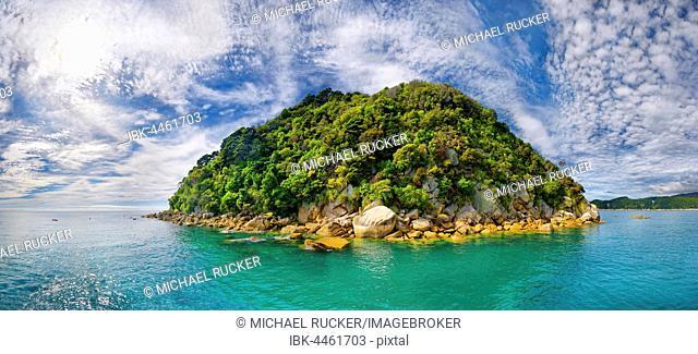 Spherical and verdant rocky island, Tonga Island, Tonga Bay, Abel Tasman National Park, Tasman Region, Southland, New Zealand