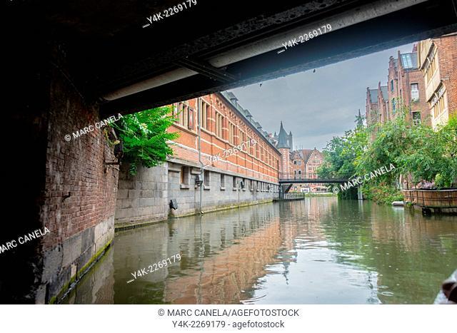 Europe, Belgium, Ghent waterway, bridge