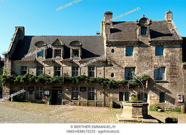 France, Finistere, Locronan, labelled Les Plus Beaux Villages de France The Most Beautiful Villages of France, church square