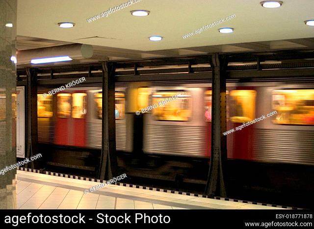 U-Bahn 02