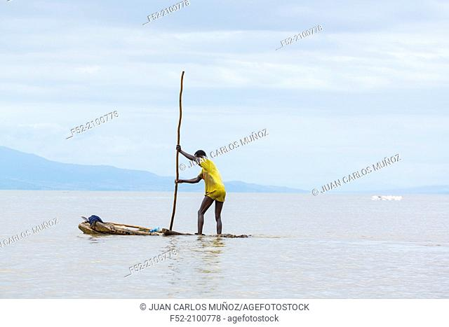 Fisherman, Lake Chamo, Southern Nations, Nationalities, and Peoples Region (SNNPR), Ethiopia