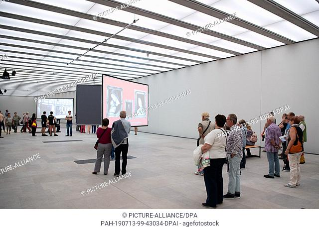 13 July 2019, Berlin: After the opening of the James Simon Gallery, visitors visit the special exhibition in the basement