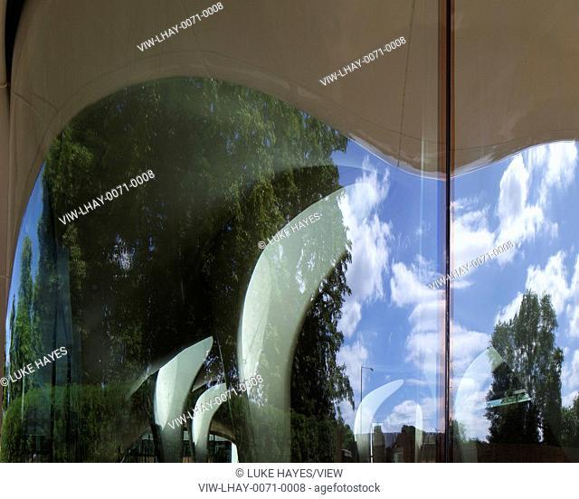 Sackler Gallery, Magazine exterior glass detail. Serpentine Sackler Gallery, London, United Kingdom. Architect: Zaha Hadid Architects, 2013