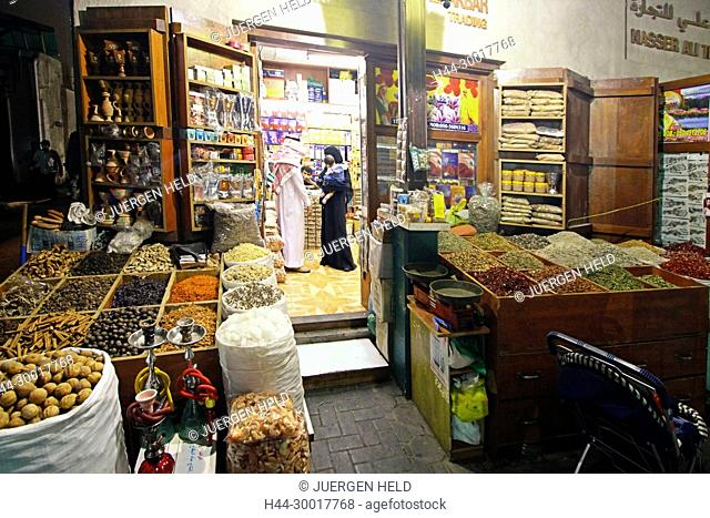 United Arab Emirates, Dubai, Dubai Deira, Spice Souk, spice market, souk, water pipes, sheesha