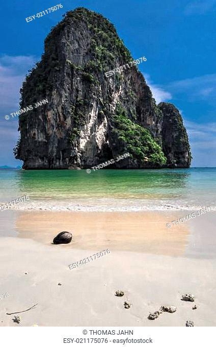 Coconut Island sea sand sun beach nature destination wallpaper