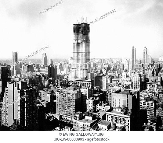 Empire State Building under construction, New York