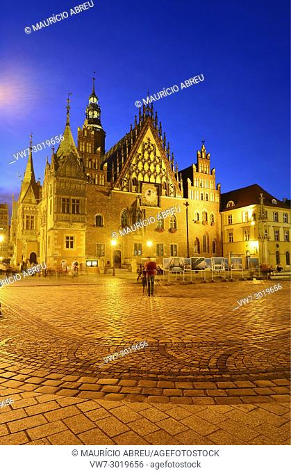 The gothic Old Town Hall (Stary Ratusz) at the Rynek (Market Square). This medieval market square is one of the largest in Europe. Wroclaw, Poland