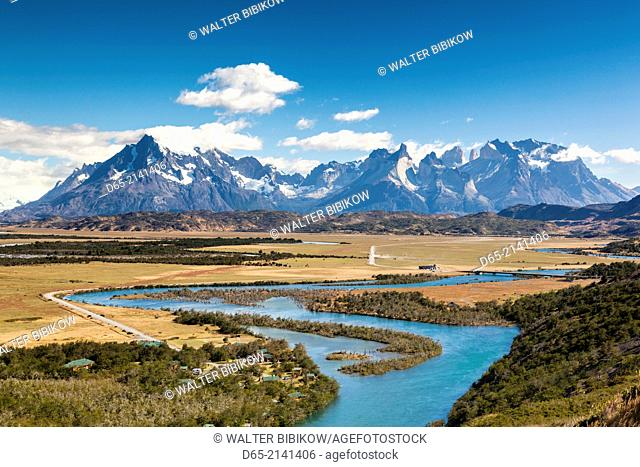 Chile, Magallanes Region, Torres del Paine National Park, Villa Serrano, elevated landscape, morning