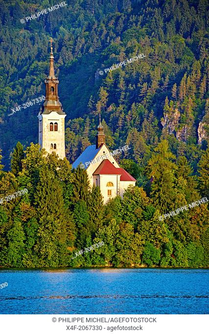 Slovenia, Bled, Lake Bled and Julian Alps, church of the Assumption