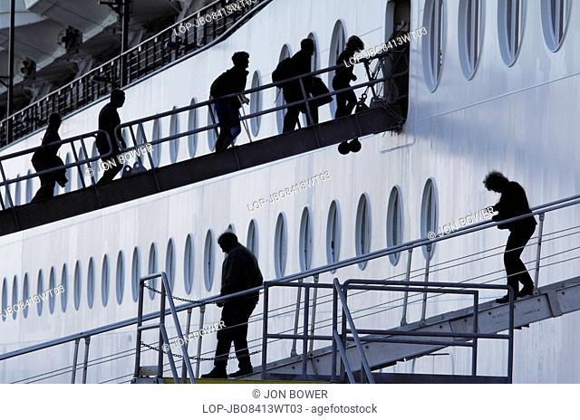 USA, Alaska, Ketchikan. Entering and exiting a cruise liner at Ketchikan in Alaska