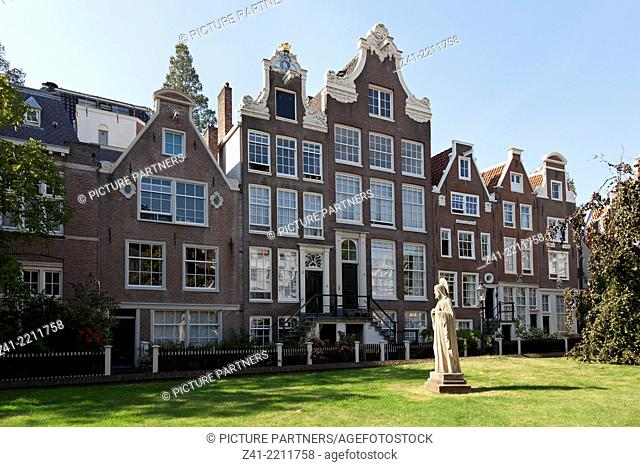 Row of houses in the Begijnhof in Amsterdam, Netherlands