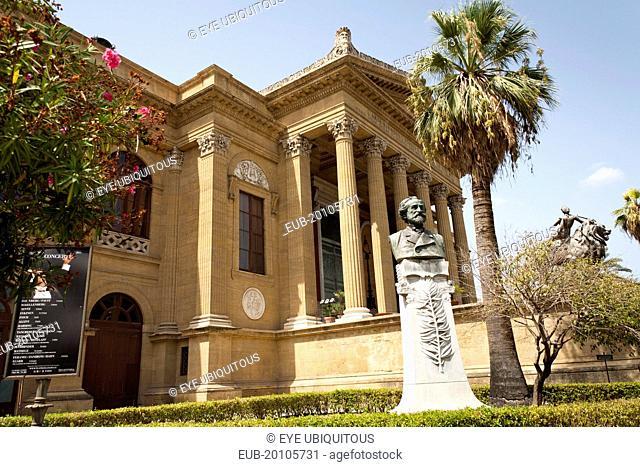 Piazza Giuseppe Verdi Teatro Massimo Palermo Opera House