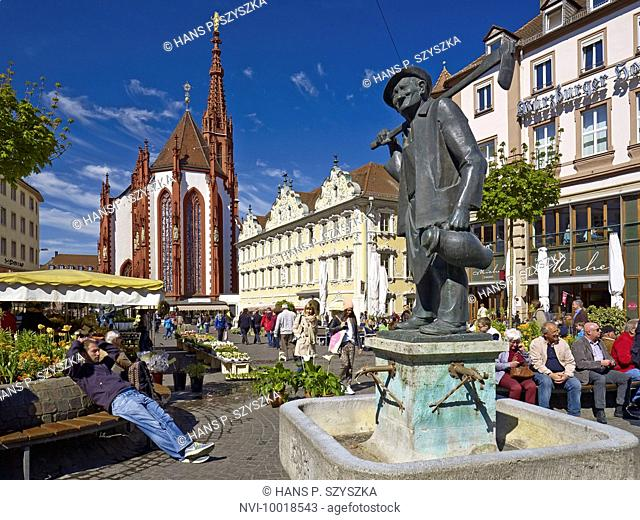 Oberer Markt square with St. Mary's Chapel, Falkenhaus and Haeckerbrunnen fountain in Würzburg, Lower Franconia, Bavaria, Germany, Europe
