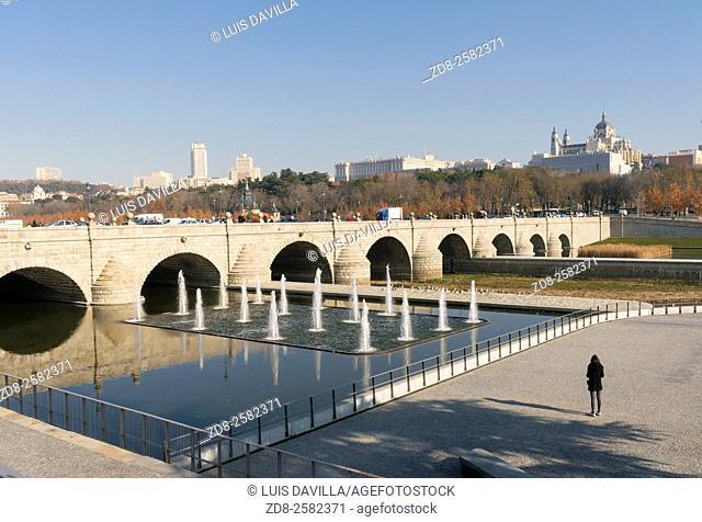 puente de segovia, madrid. spain