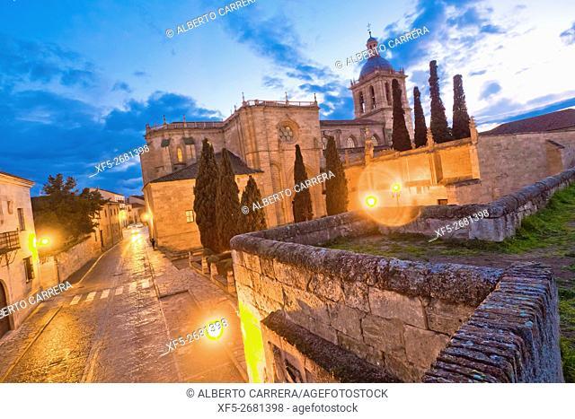 Cathedral of Santa María, Ciudad Rodrigo Cathedral, 12th-14th century, Romanesque Style, Ciudad Rodrigo, Medieval Town, Spanish Property of Cultural Interest