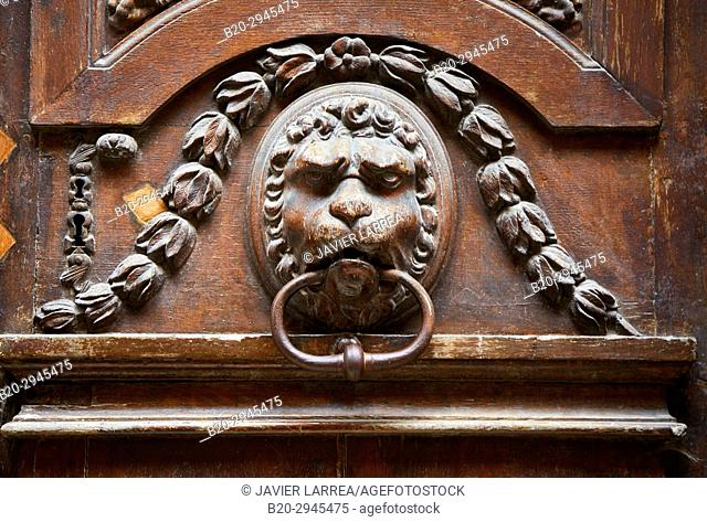 knocker door, Rue de la Trinité, Troyes, Champagne-Ardenne Region, Aube Department, France, Europe