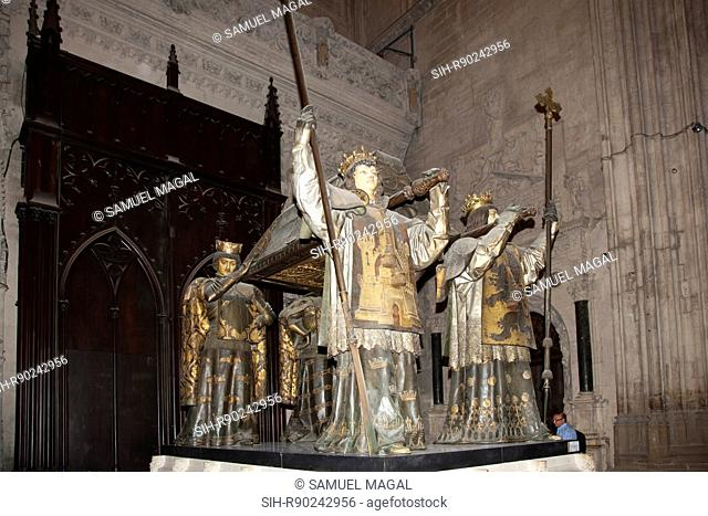 Originally the tomb was constructed in the Cathedral of Havana, but after Cuba's Independence it was moved to Seville. Four figures