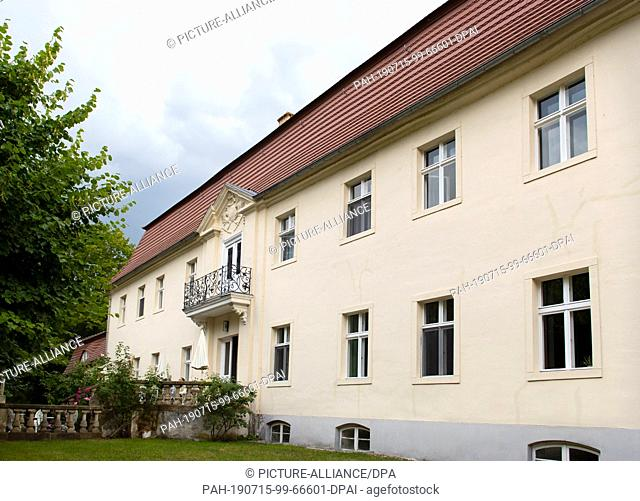 12 July 2019, Brandenburg, Trebbin: View of Blankensee Castle. The castle, also known as Sudermannhaus, was built between 1701 and 1740 in the style of the Mark...