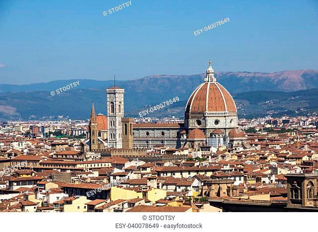 Picture of the view over firenze, with the santa maria del fiore