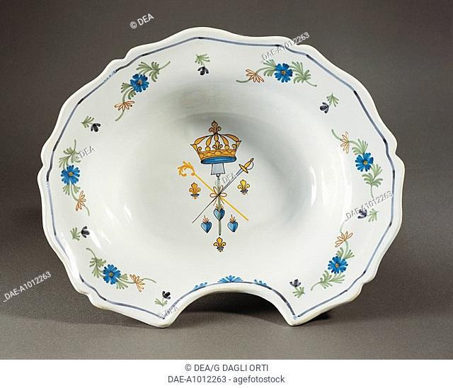 Ceramics - France - 18th century. Nevers faience. Barber's dish. Royal and revolutionary symbols, 1789