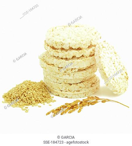 Puffed rice cakes with freshly picked brown rice