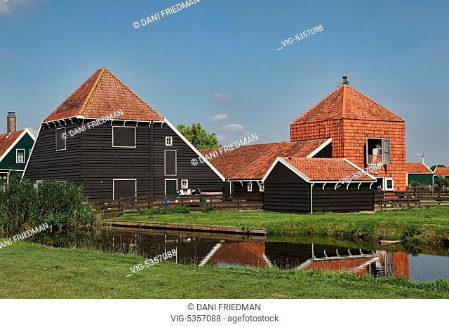 Traditional Dutch dairy farm in Zaanse Schans, Netherlands, Holland, Europe. - ZAANSE SCHANS, HOLLAND, Netherlands, 16/07/2014
