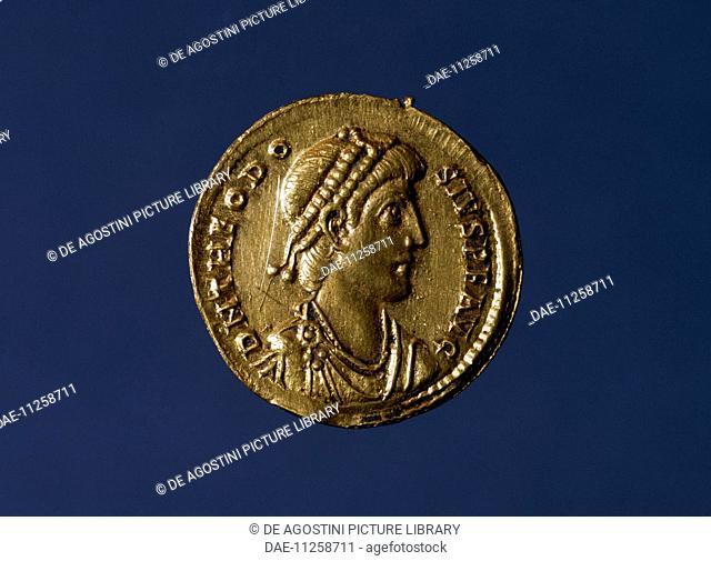 Theodosius aureus bearing the image of the Emperor. Roman coins, 4th century AD.  Milan, Castello Sforzesco, Civiche Raccolte Archeologiche E Numismatiche
